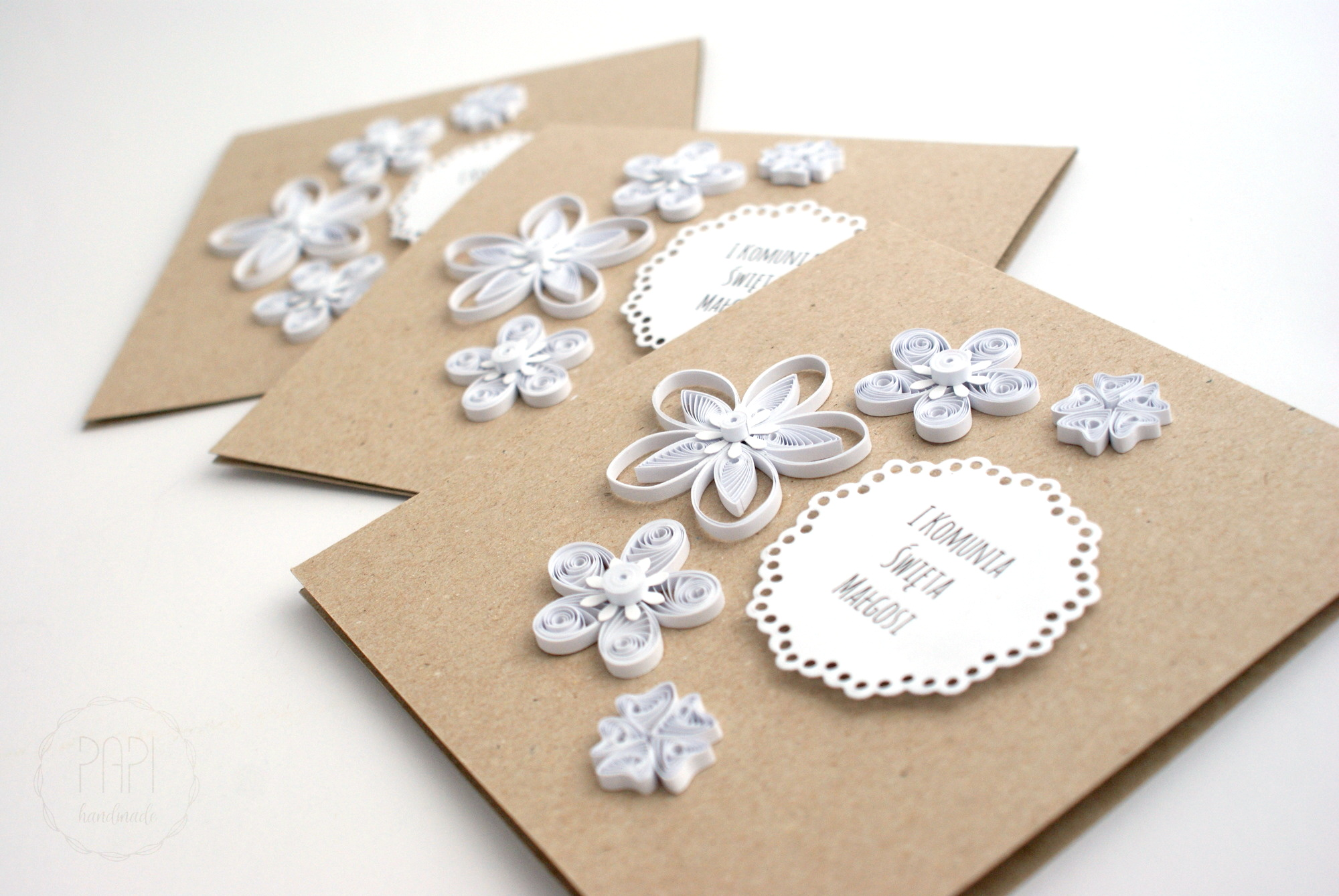 eko kartka komunijna z białymi kwiatami handmade