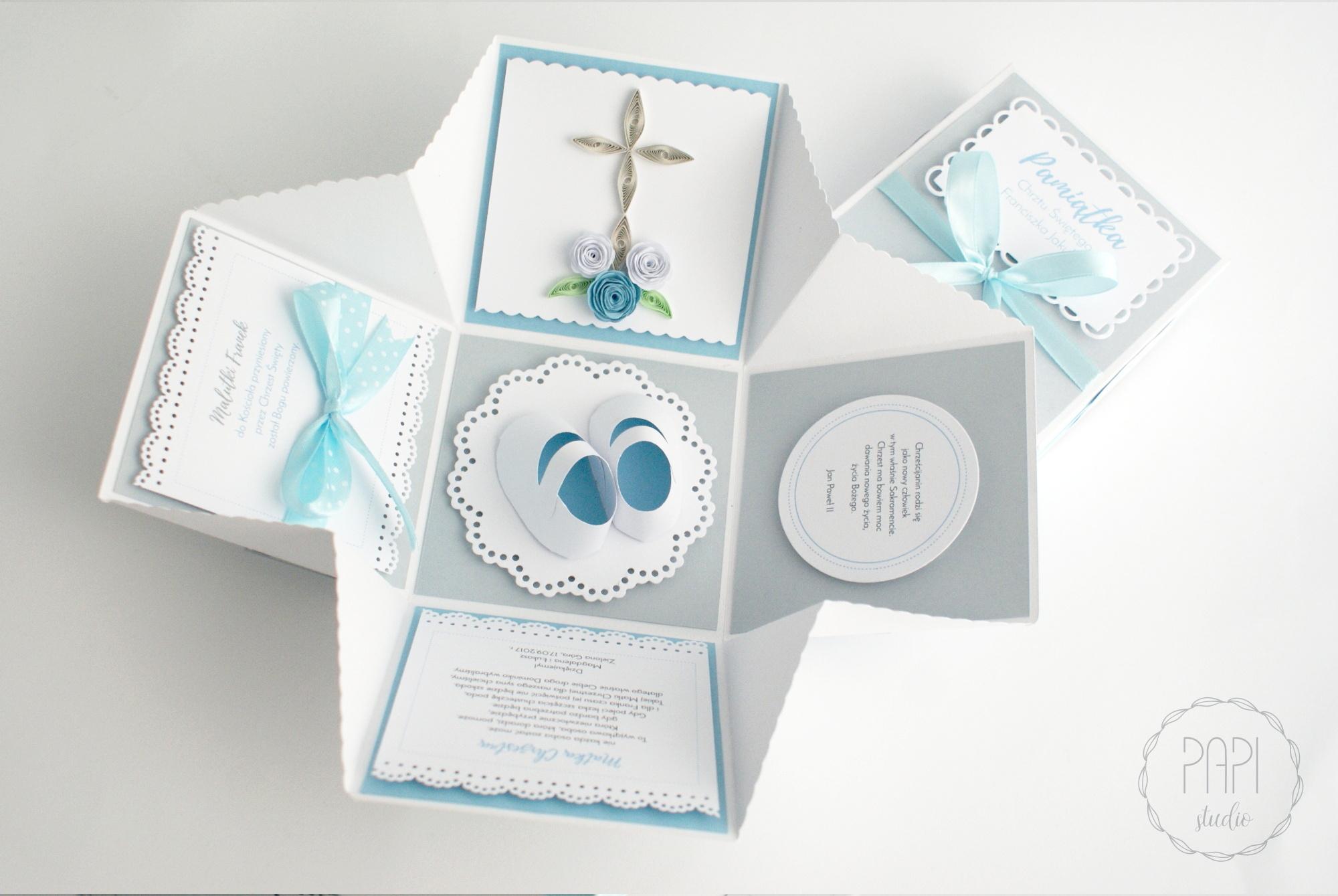 pamiątka chrztu błękitno szara