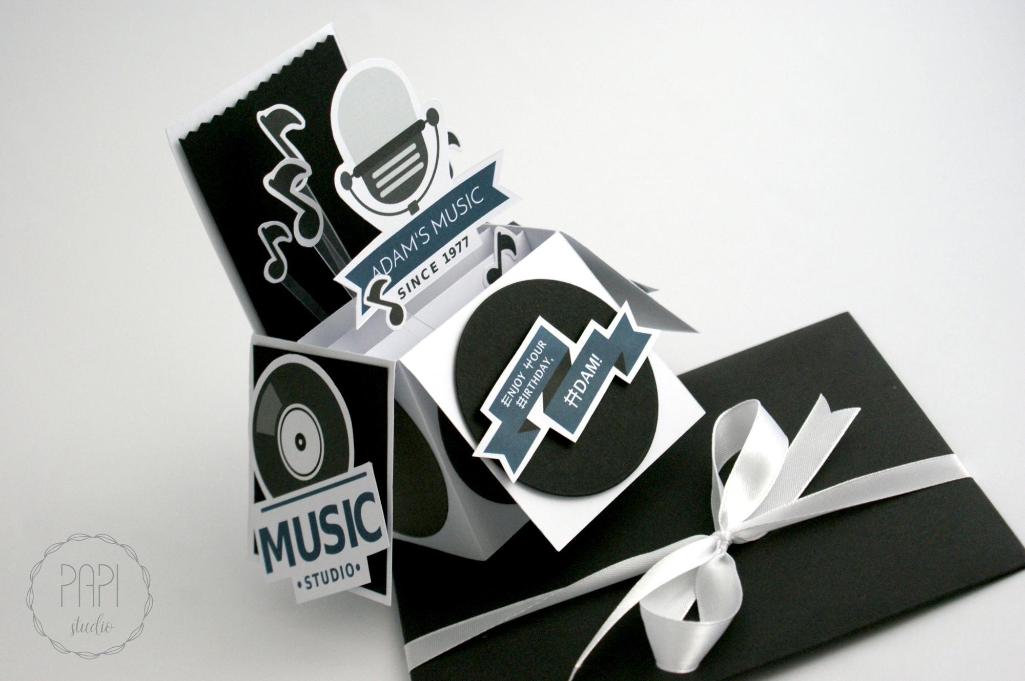 kartka rozkładana muzyczna