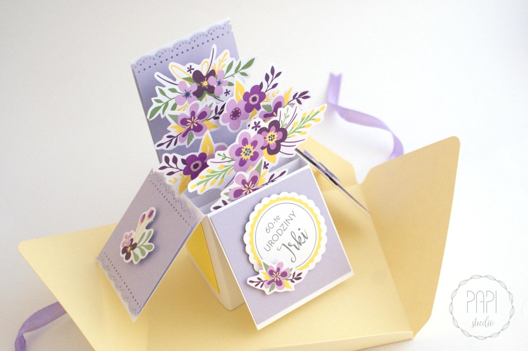 kartka rozkładana kwiatowa fioletowa